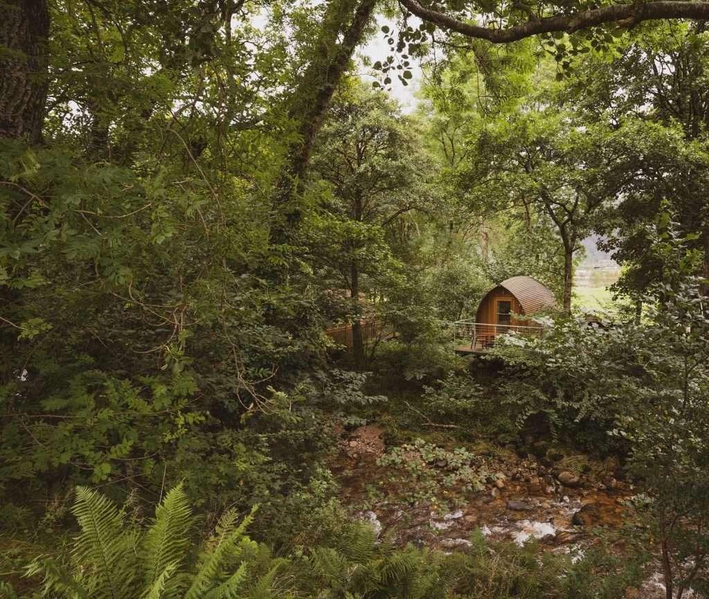riverbeds lodges highland scotland woodlands hottub luxury forest river 2400x1600 1